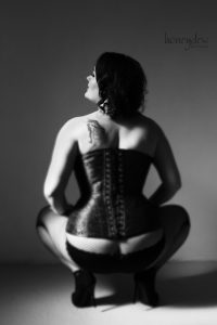 glamour corset photography