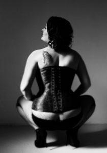 boudoir photos wearing corset