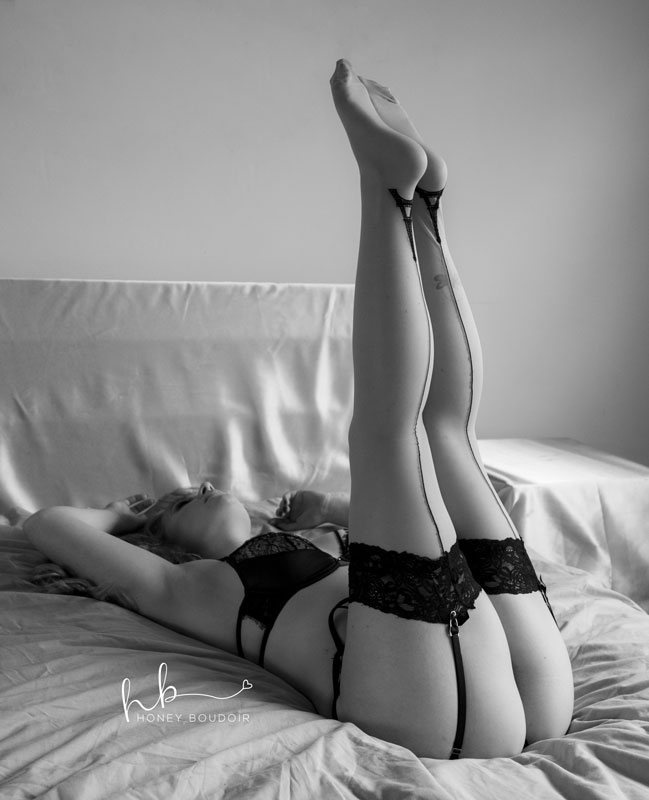 pin up pose confessions of a boudoir photographer